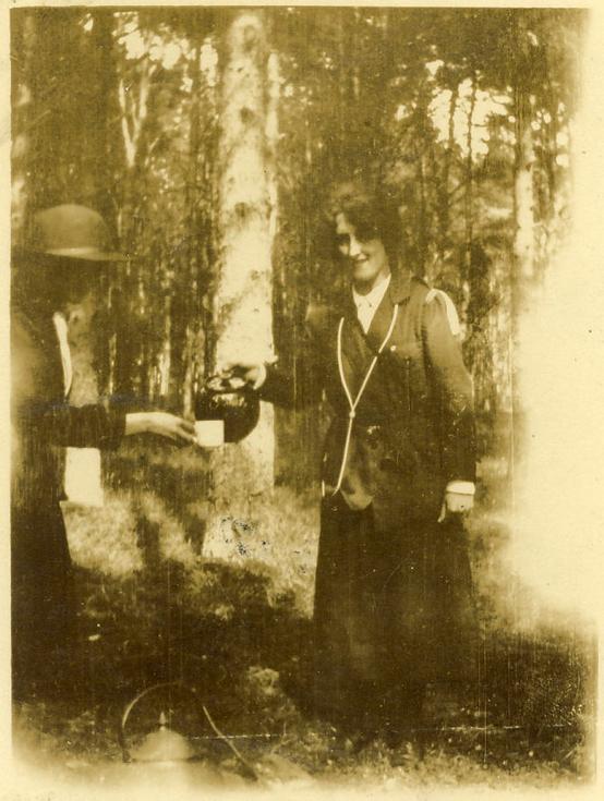 Dornoch Guides Oversteps Camp 1936