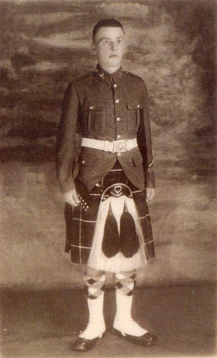 Rod Munro in uniform c 1914