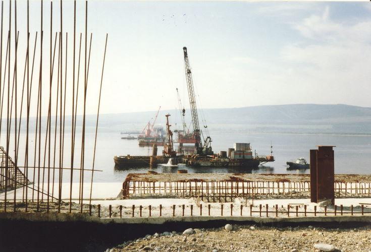 Dornoch Firth Bridge Construction ~ Ard na Calc ?