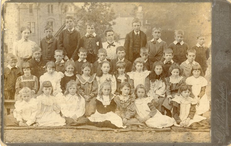 Group photograph of Dornoch school children c 1910