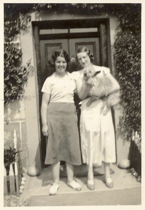 Margaret Button with Jessie Bell at Embo 1935