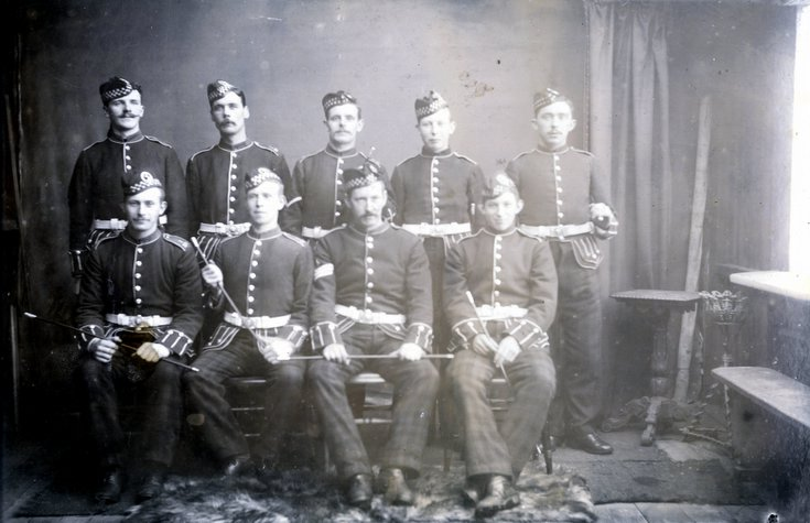 Group photograph labelled 'War in South Africa - 1900'