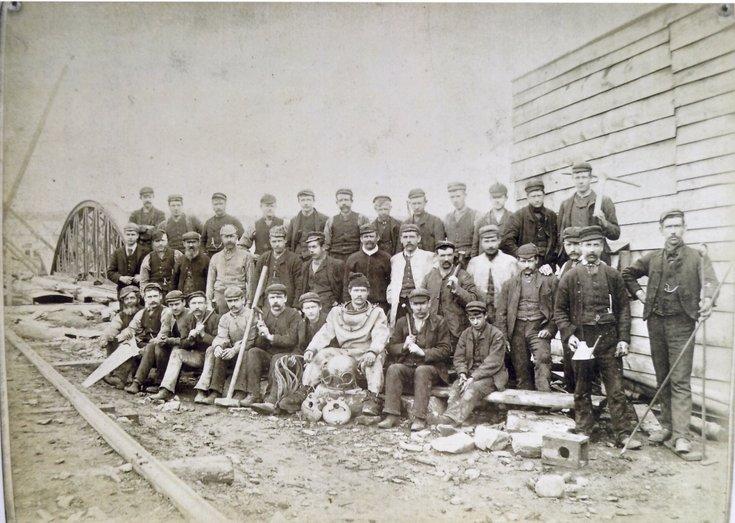 Group photograph of second Bonar Bridge construction team