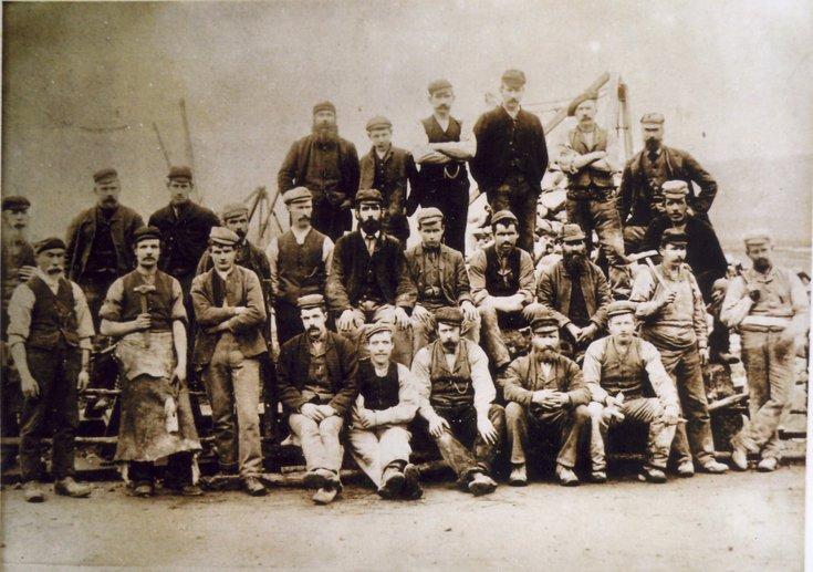Group photograph of second Bonar Bridge workmen 1893