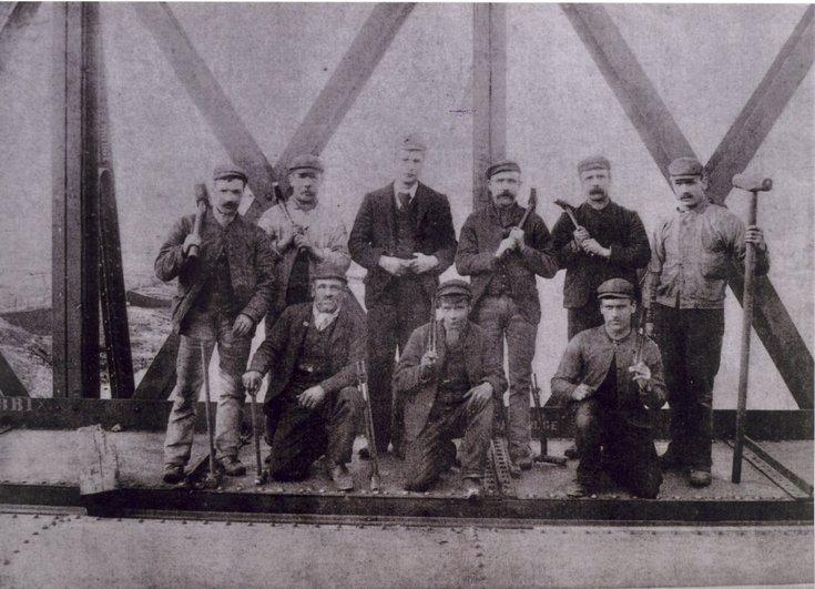 Group photograph of second Bonar Bridge riveters 1893
