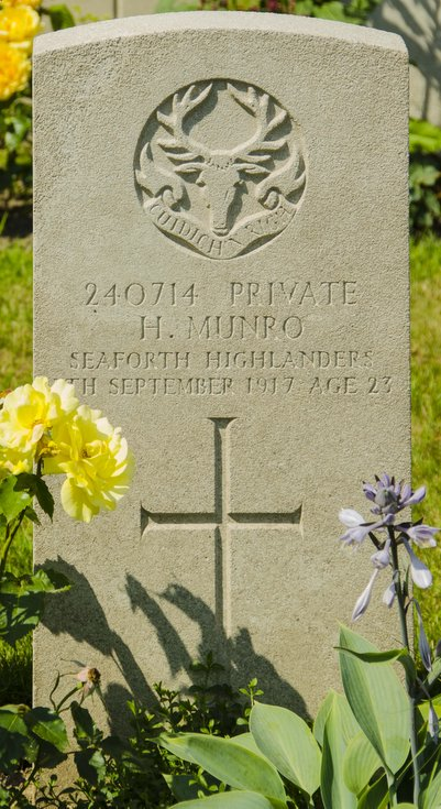 Commonwealth War Grave Pte Hugh Munro Seaforth Highlanders