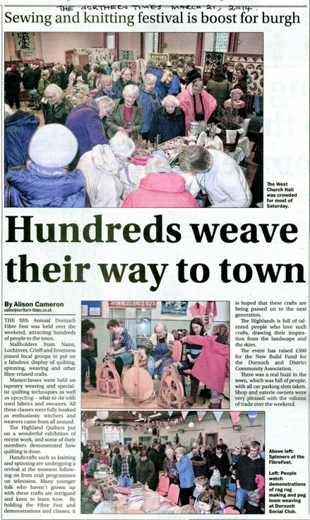 Hundreds weave their way to town