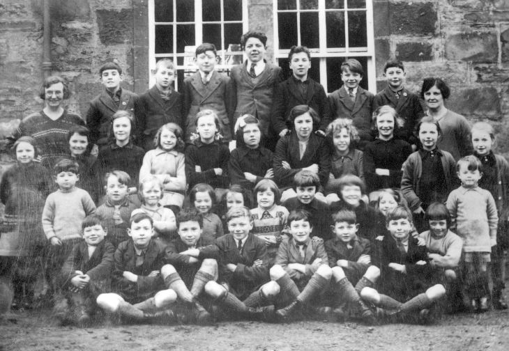 group of pupils, Skibo school