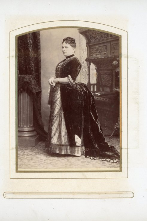 Full length photograph of a lady