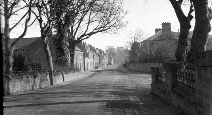 Castle Street looking towards the town centre