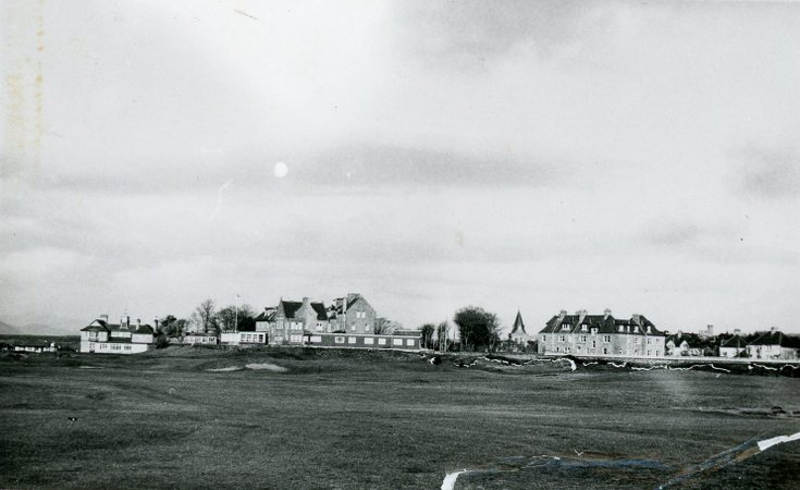 Royal Dornoch Golf Club surrounding properties