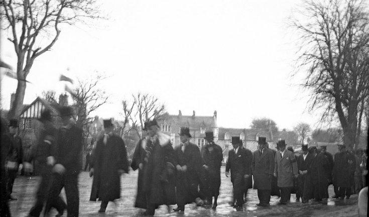 Procession of Dornoch dignitaries inThe Square