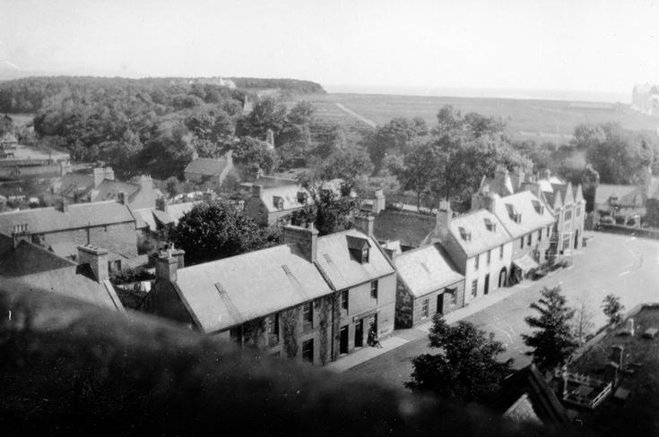 Early photograph of Dornoch High Street