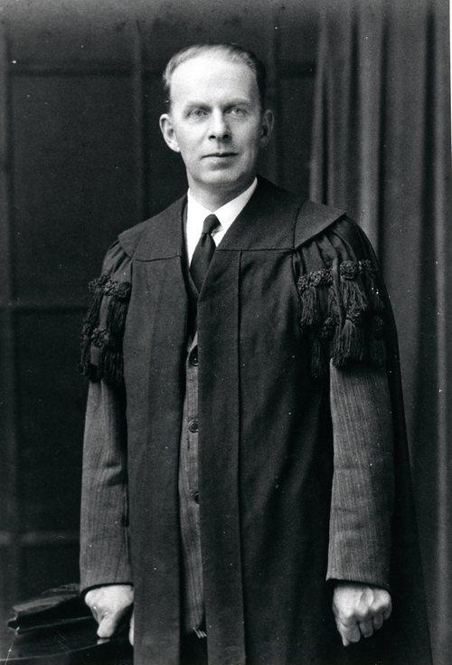 Town Clerk Willie Skinner