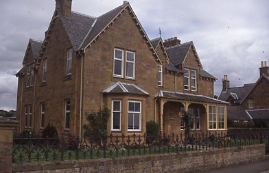 Large sandstone residence in Grange Road