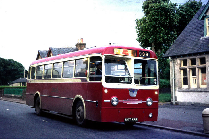 Bus service 9 at the Post Office in Golspie