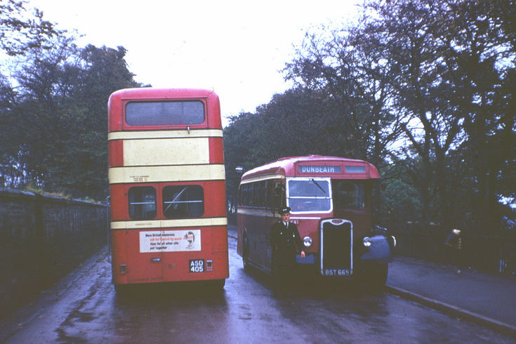 Single and double deck Highland buses in Wick