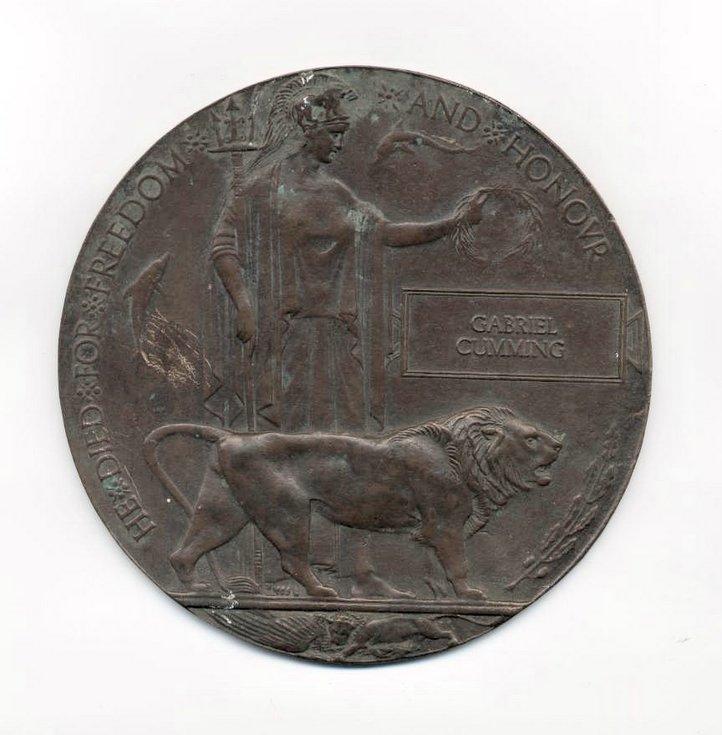 WW1 bronze plaque in memory of Gabriel Cumming
