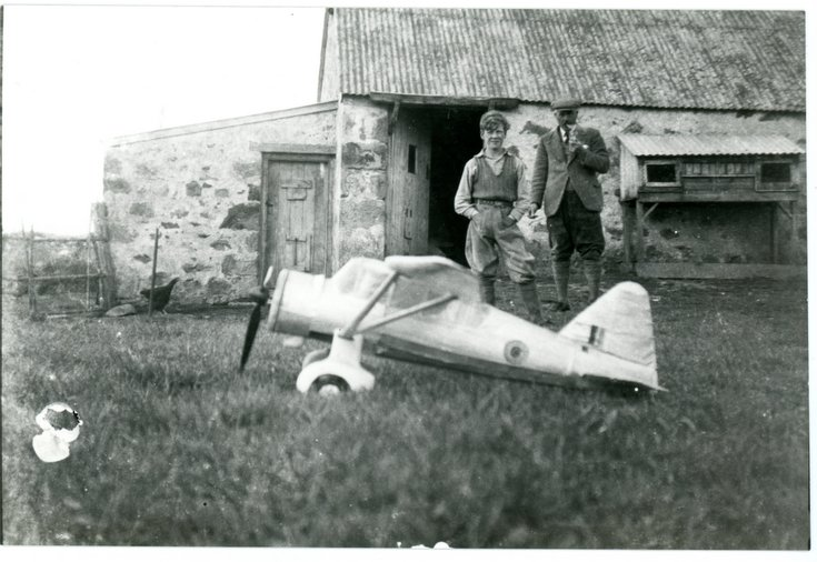 Model plane built by Semus Macdonald