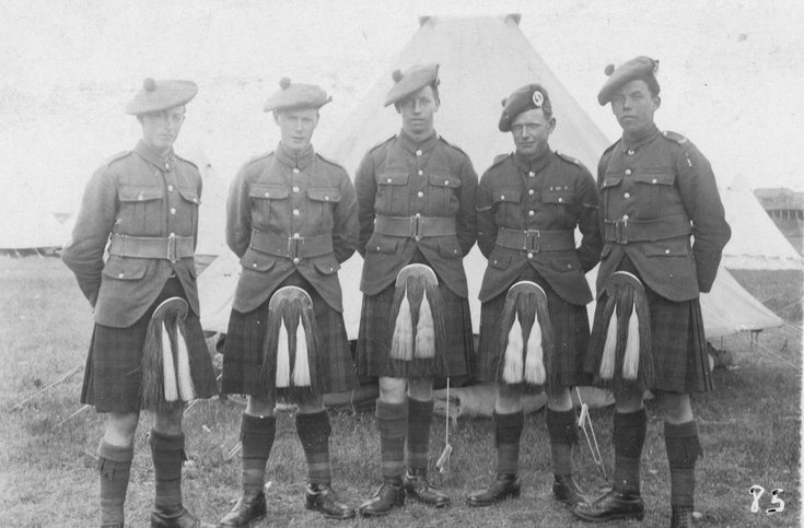 Five soldiers of the 5th Seaforths at summer camp