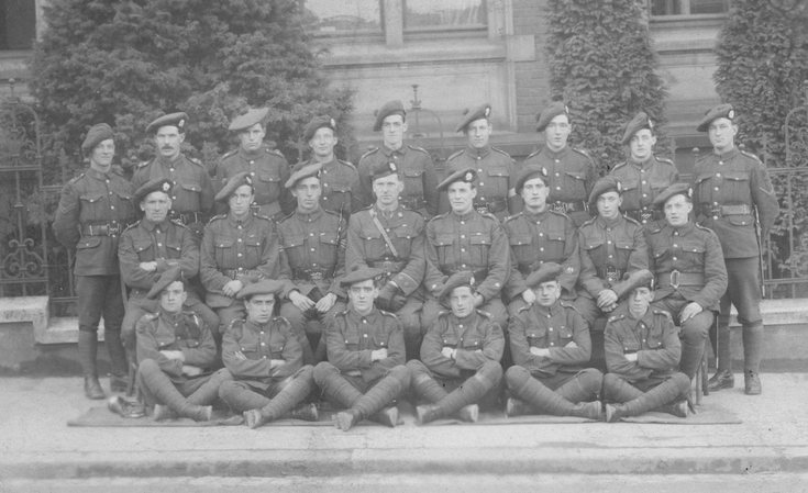 5th Seaforth Highlanders Platoon group photograh