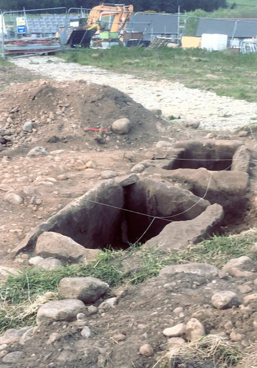 Cist uncovered at Achinchanter 2019