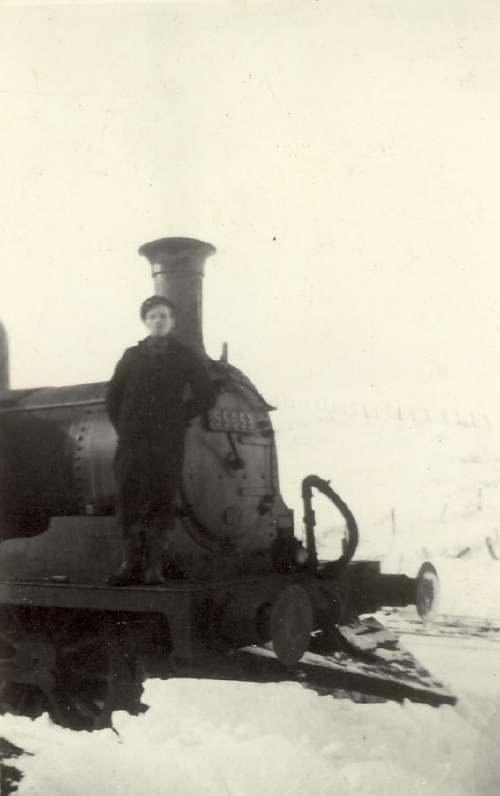 Locomotive 55053 in the snow