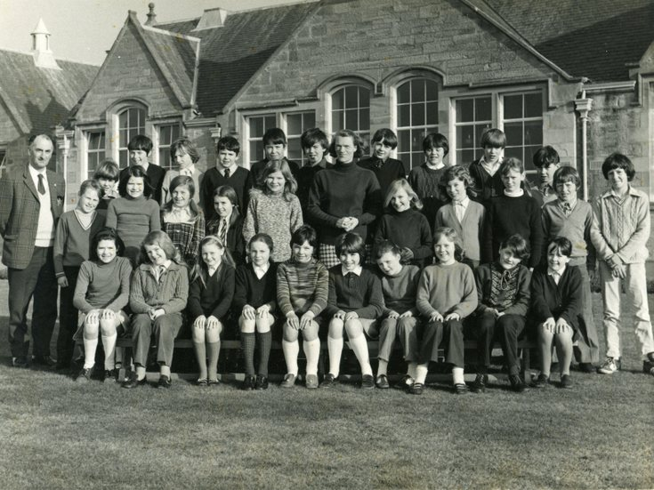 Dornoch Primary School photograph c 1970