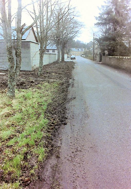 Record 15 prior to Sutherland Road improvement