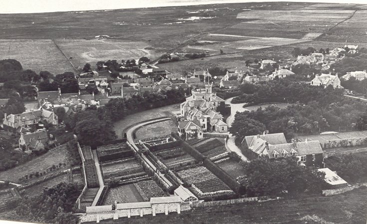 Burghfield Hotel aerial view
