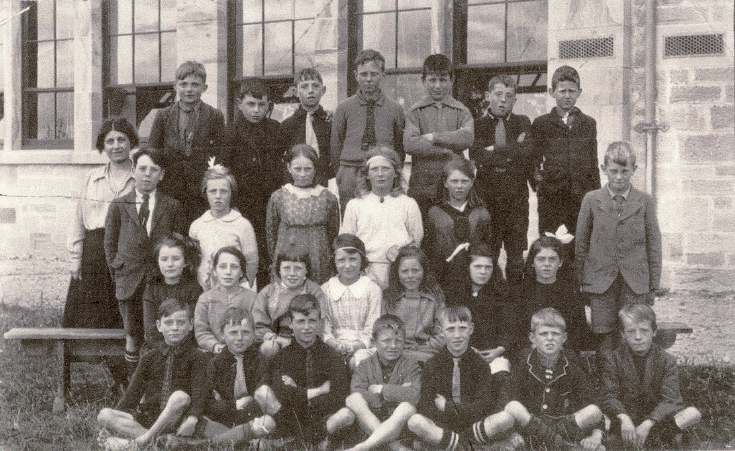 School group 1920s