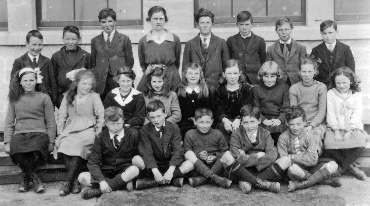 Dornoch Academy class 1920