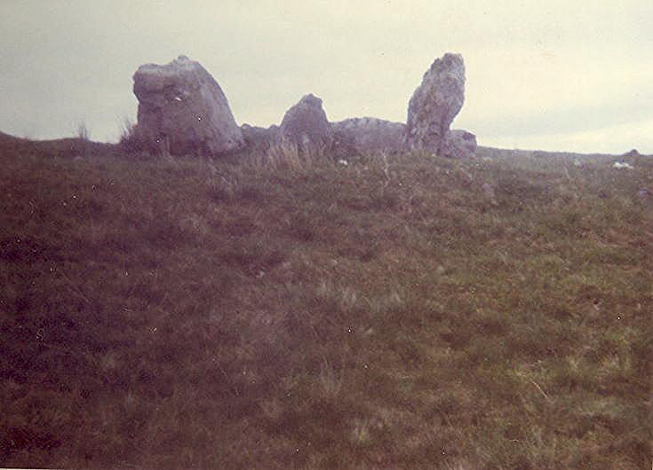 Chambered Tomb at Cnoc Chaornaidh, Loch Borrolan