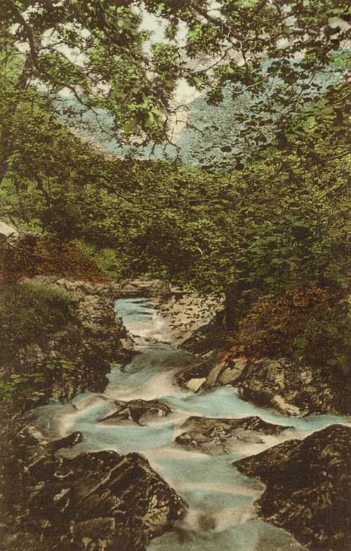 The rushing water of Fairy Glen