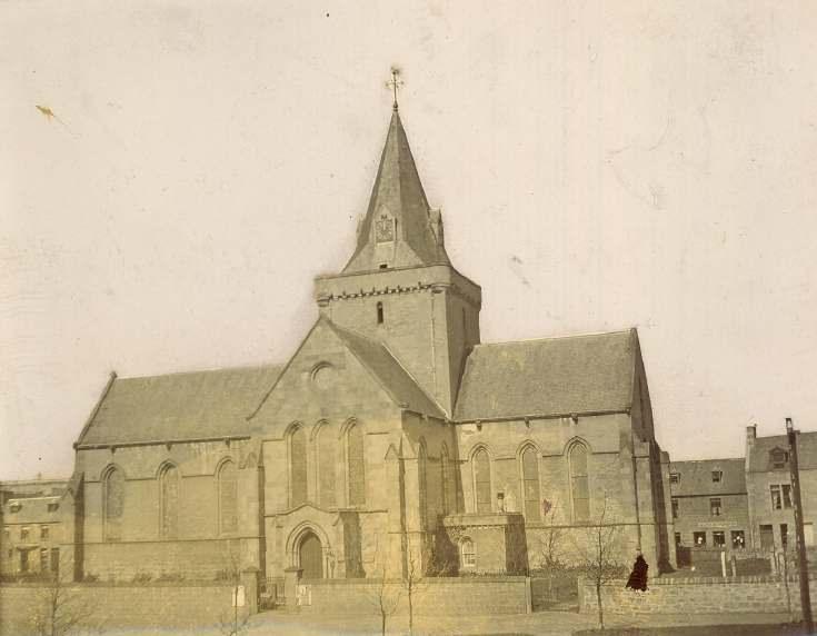 Dornoch Cathedral unadorned
