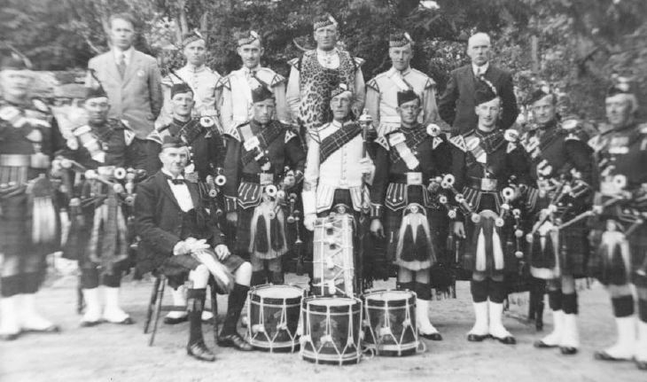 Collection of Dennis Bethune - Dornoch pipe band