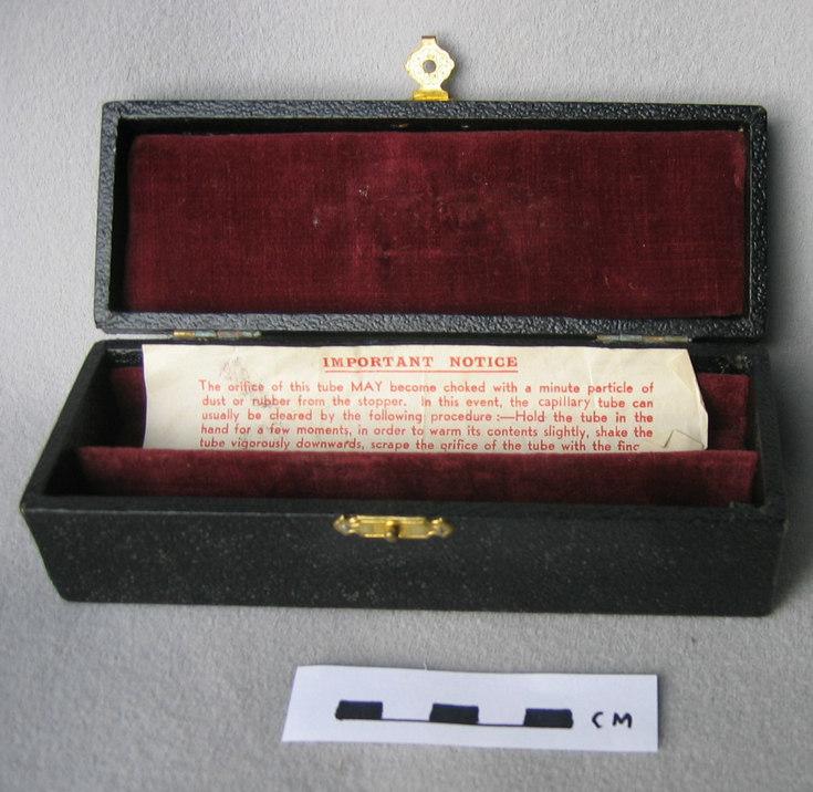 Box for watchmaker's ear piercer