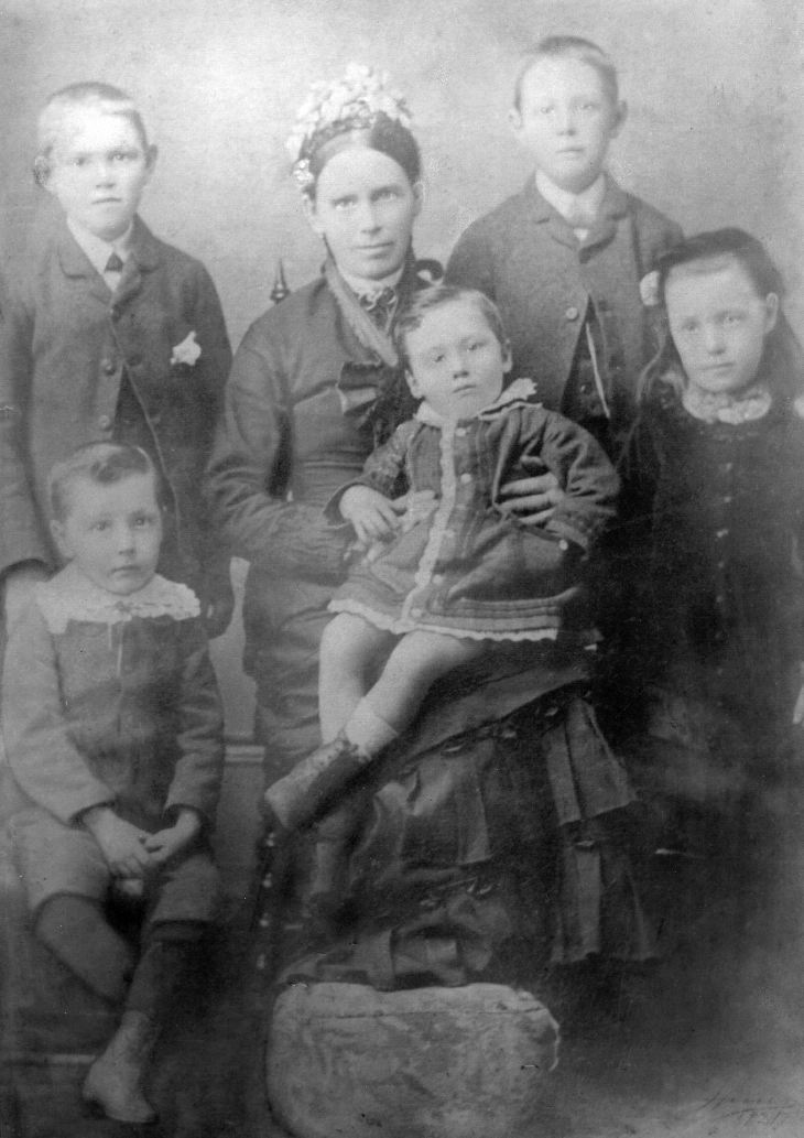 Ross family photograph