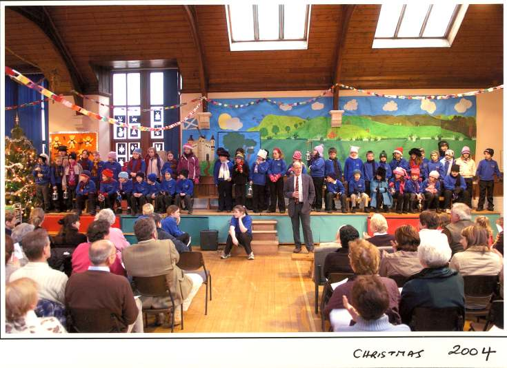 Dornoch Primary School Christmas concert 2004