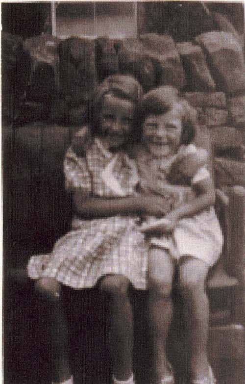 Jean Bain and Joan Fraser