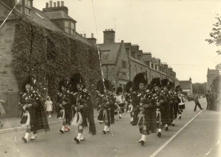 Dornoch Pipe Band 1958