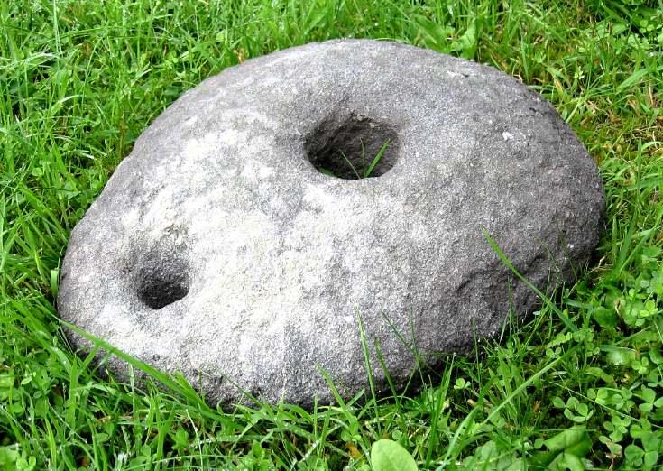Upper quern stone