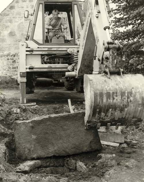Excavation of the old manse well 1987