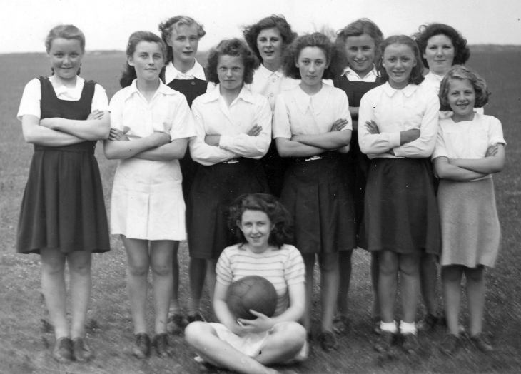 Girls' sports team 1947