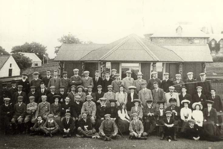 Group outside golf pavilion (c.1900)