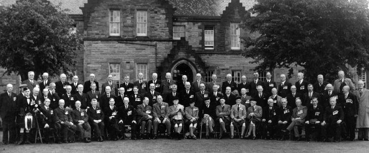 Group photograph of reunion of South African War Veterans.