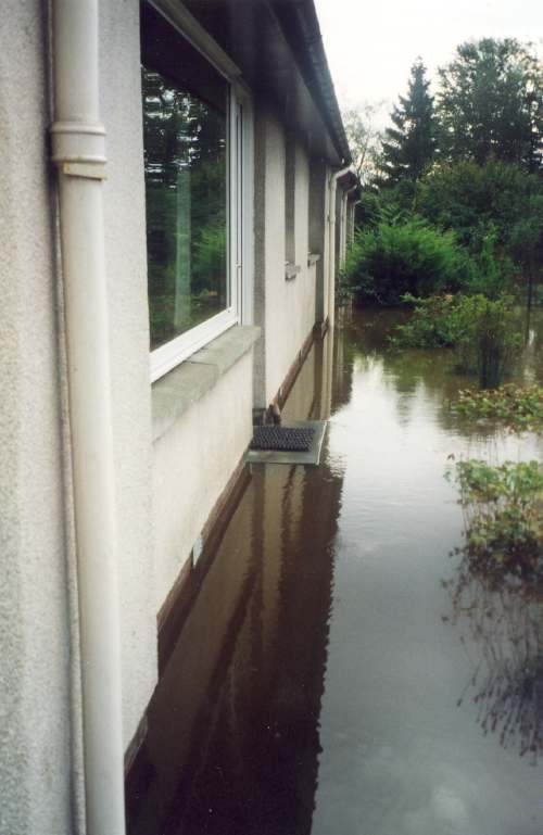 Photographs of Flooding of  Camore Gardens 2006