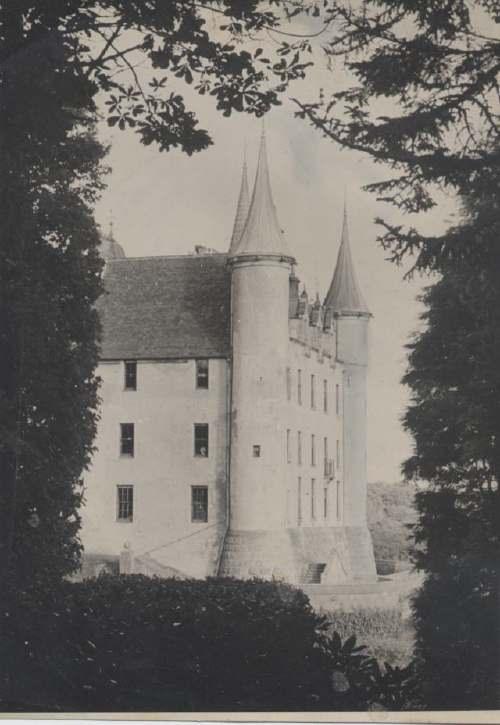 The Photography of Kathleen Lyon - Dunrobin Castle