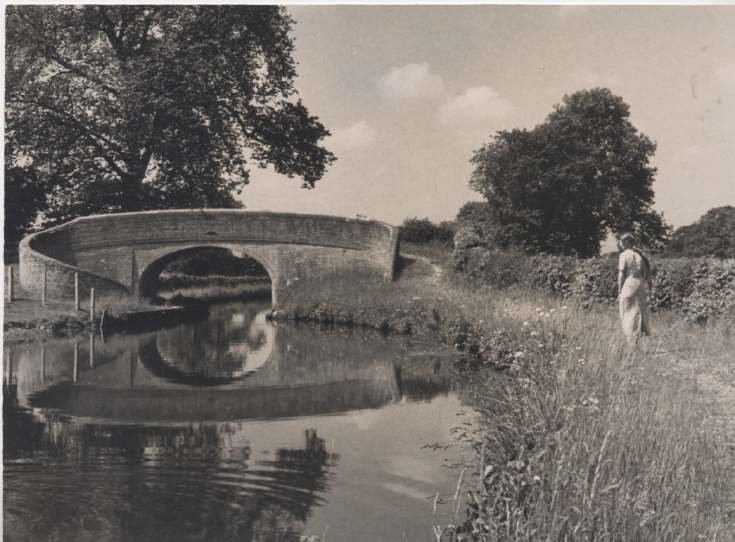 The Photography of Kathleen Lyon - Shropshire canal