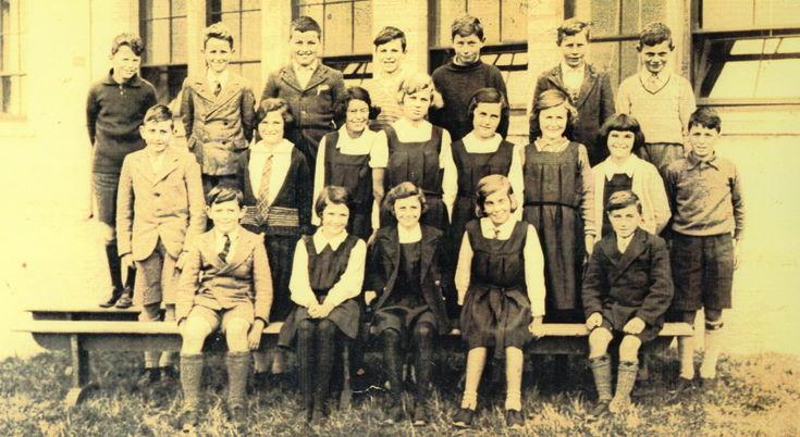 Dornoch Academy Photograph  Class P 7  1935